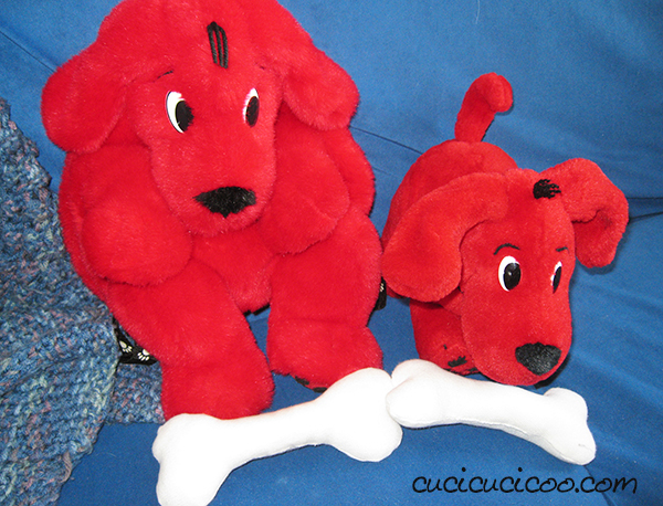 Make super easy stuffed dog bones for your kids to play with!