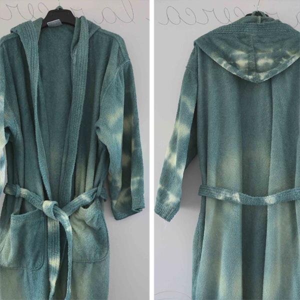 tie dye bathrobe