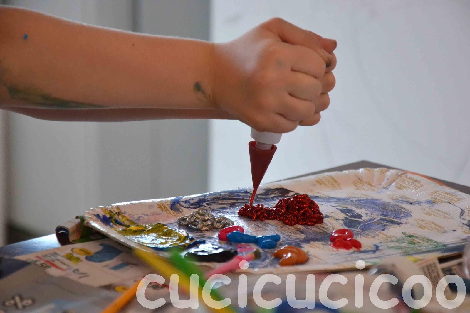 Pittura con qualcosa in pi cucicucicoo for Pittura con brillantini