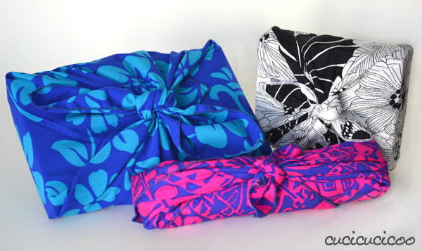 Basta sprecare carta per le tue confezioni regalo! Un tutorial per fare il pacco regalo di stoffa giapponese, il Furoshiki, che viene usato tante volte senza sprechi per pacchi belli e colorati! www.cucicucicoo.com