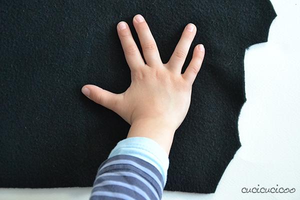 Come realizzare i guanti da Minion (Cattivissimo Me) da pile nero