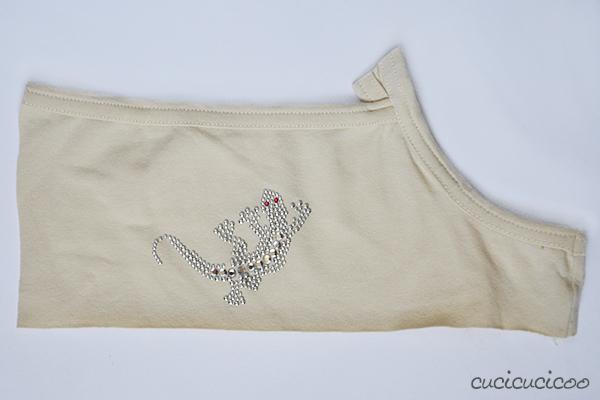 lizard sequinned appliqué on t-shirt scrap