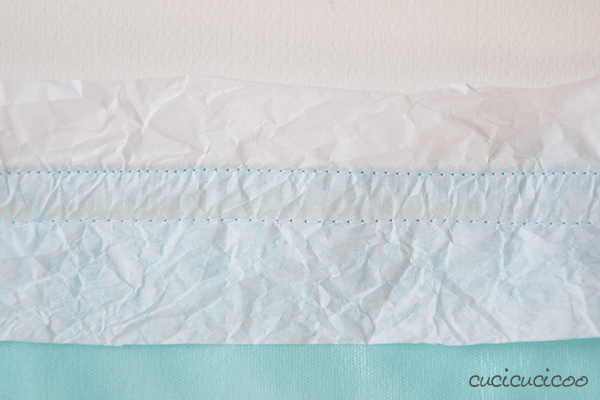 Travel Baby Diaper Changing Mat Tutorial (with PUL or oilcloth): a DIY project by www.cucicucicoo.com!