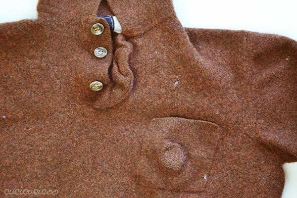 Come infeltrire maglioni di lana in lavatrice: fa la lana cotta (o infeltrita) per cucire o fare craft da vecchi maglioni, cardigan, coperte o altri oggetti usati in lana! www.cucicucicoo.com