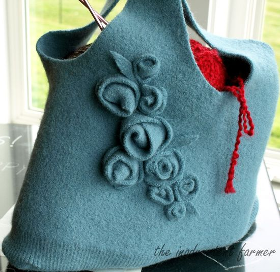 Tote bag with flowers made from a felted sweater