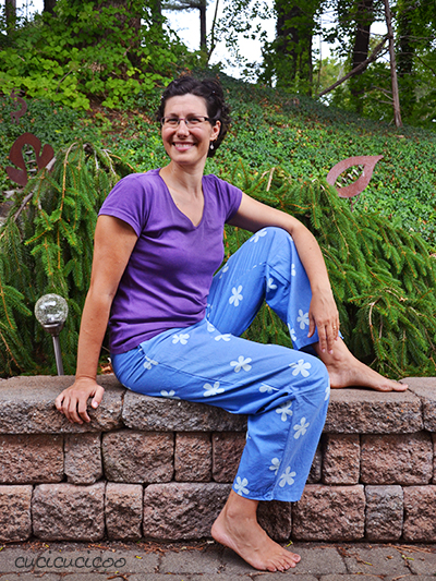 PDF sewing pattern: Evening Primrose Pajama Pants for women by Cucicucicoo Patterns - pants with elastic waistband - www.cucicucicoo.com