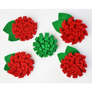 Three no-sew DIY flower brooches from rolled felt and crocheted yarn   www.cucicucicoo.com