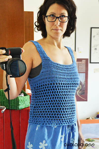 Drops crochet top pattern in dire need of fixing up! www.cucicucicoo.com