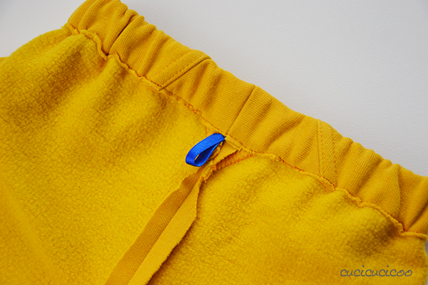 Make pants for kids in a flash from sleeves! No pattern necessary! Refashion tutorial by www.cucicucicoo.com