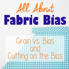 What's the difference between fabric grain and fabric bias? Learn all about them, when it's useful to cut on the bias, and how to cut a bias strip on www.cucicucicoo.com!