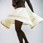 The easy way to hem a circle skirt in 15 min. with bias tape!