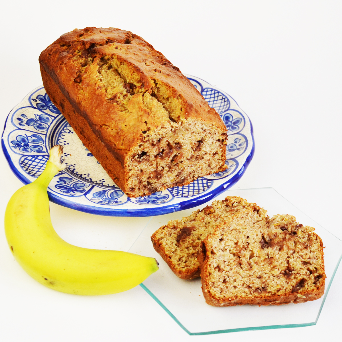 Is your home full of extra chocolate eggs and bunnies? Making this chocolate banana bread recipe is a perfect way to use up leftover Easter chocolate! Check it out on www.cucicucicoo.com