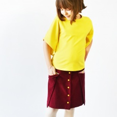 Older kids can be hard to please when it comes to their clothing. The Growing Up Handmade tour shows lots of fantastic pattern options when sewing clothes for tweens and teens! Featuring the Pocket Fold Skirt by Madeit Patterns and the Butterfly Sleeve Tunic by Make It and Love It, sewn by www.cucicucicoo.com