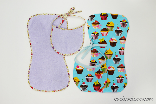 Download a print-friendly sewing tutorial and newborn bib sewing pattern, easy to sew with or without bias tape. Make a matching bib and burp cloth set to give to every new baby in your life! #bibpattern #burpclothpattern