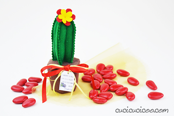 Five fantastic tutorials for DIY cactus party favors with five different materials! Free downloadable templates and printable thank you cards for celebrating all your important milestones with those you love!