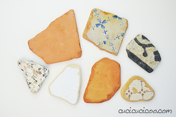 Protect your furniture from scratches and water stains with these incredibly fast and easy DIY vintage tile coasters with repurposed sweater felt bottoms! #diycoasters #vintagetiles