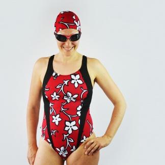 Le nuotatrici hanno bisogno di comfort, ma possono anche essere belle con questo cartamodello per costume intero comodo che esalta le linee femminili! #cartamodello #costumefaidate