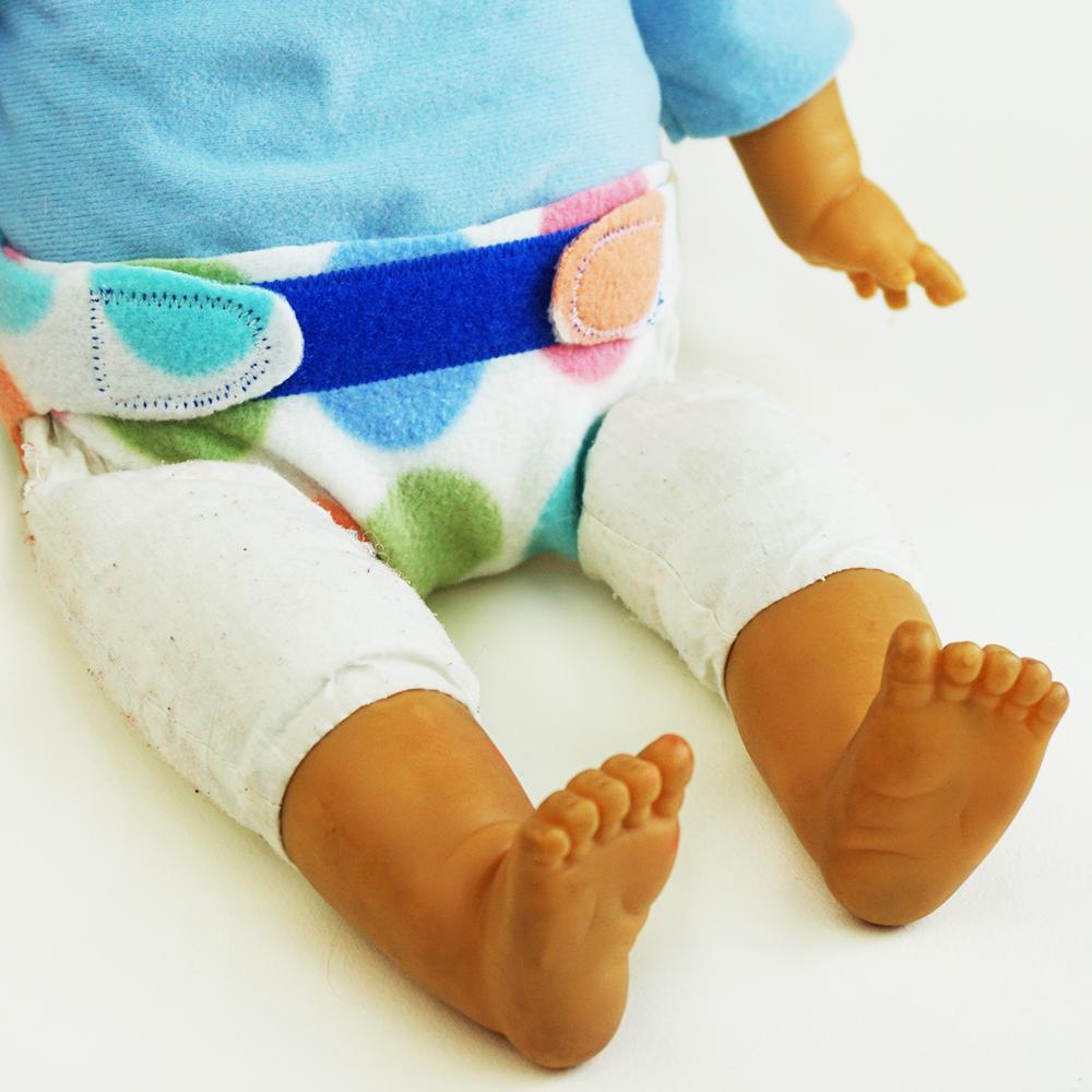 Pannolini per bambole fai da te – cartamodello + tutorial