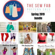 Cuci tanti vestiti primaverili con alla raccolta di cartamodelli Sew Fab! Il bundle comprende modelli per abbigliamento di donna e bambina, e anche accessori! #cartamodelli #cartamodello