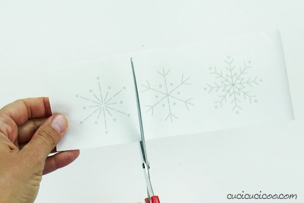 Cut the snowflake embroidery pattern printed on Stick n Stitch.