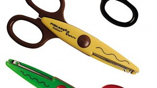 Zig zag and other decorative scissors