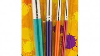 Paintbrushes in various sizes