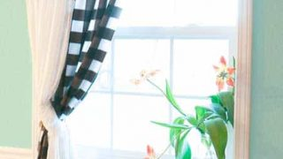 How to Sew a Simple Curtain
