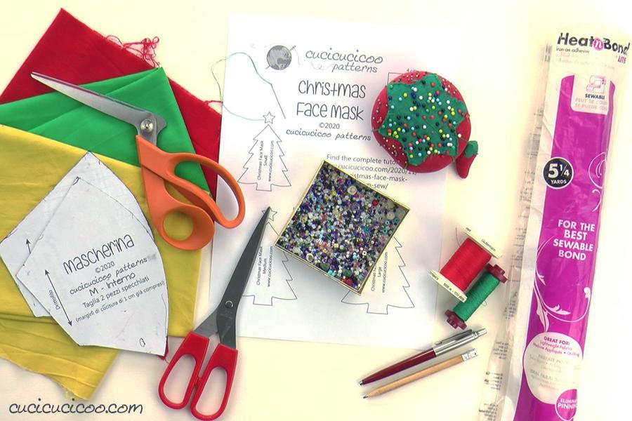 Occorrente per cucire la mascherina natalizia fai da te