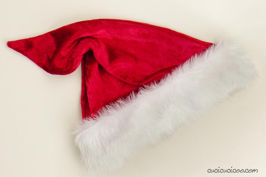 Cappello di Babbo Natale fai da te senza pompon