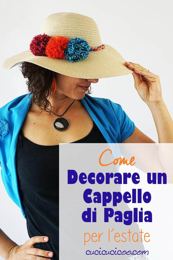 Impara come decorare un cappello di paglia con dei pompon e una treccia di filato colorato! Questa trasformazione del cappello estivo è un modo semplice per un look unico e sfizioso! #cappellodipaglia #cappelloestivo